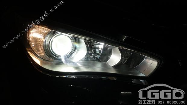 英菲尼迪Q50改氙灯