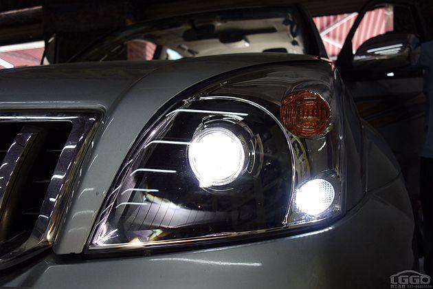 丰田霸道改LED双光透镜