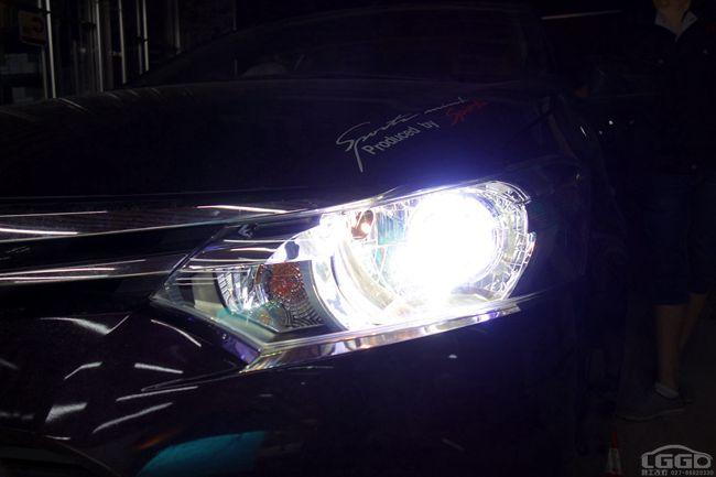 丰田威驰改国产海拉5双光透镜