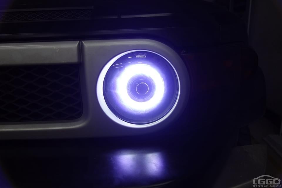 丰田FJ酷路泽改海拉5双光透镜