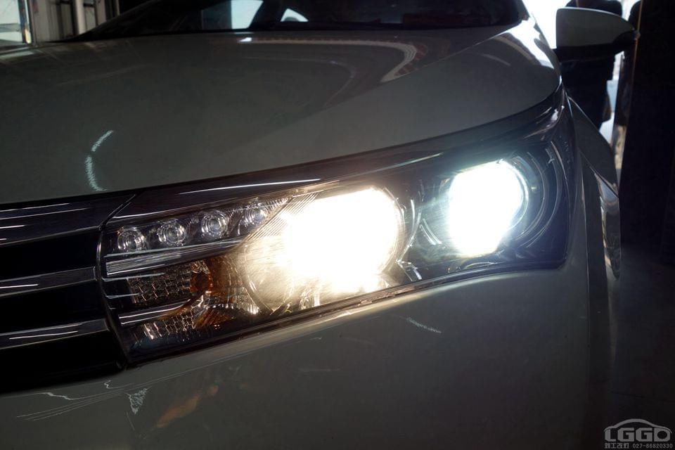 丰田新卡罗拉改专供海拉5双光透镜