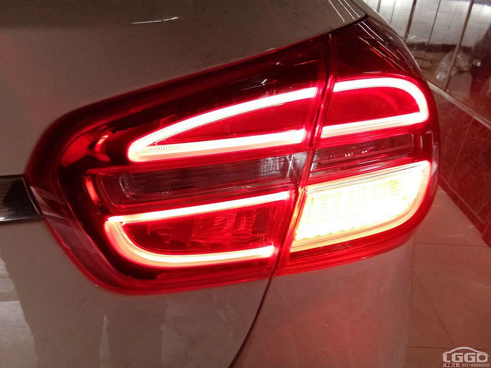 奔驰GLA改LED尾灯+12色氛围灯