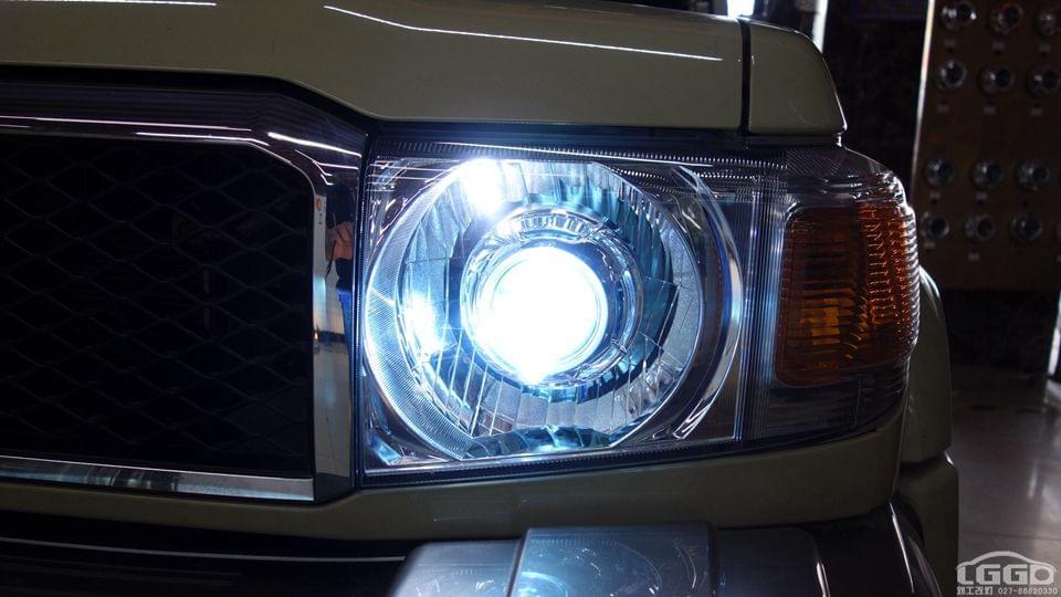 丰田酷路泽改进口全新海拉6双光透镜