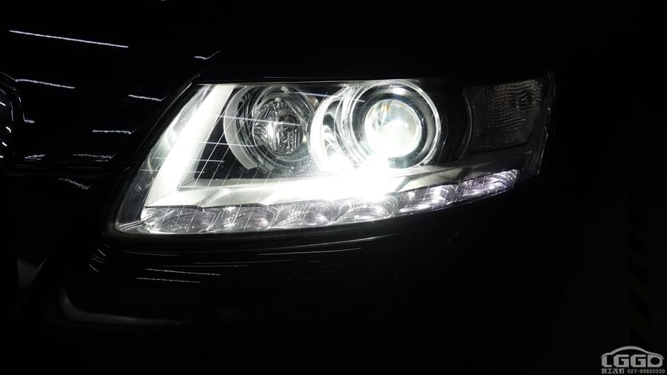 奥迪A6L改阿帕5套装+氛围灯
