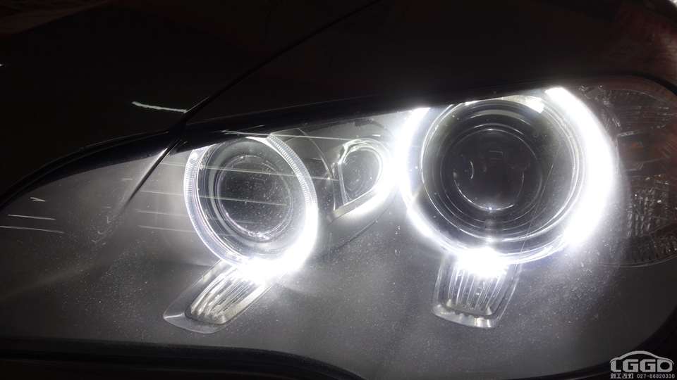 武汉宝马X5改LED4透镜