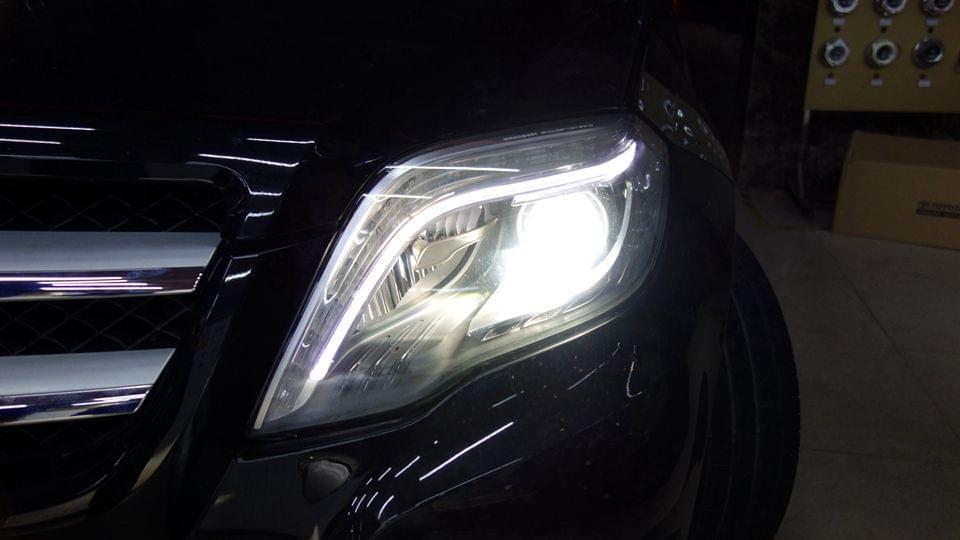 奔驰GLK大灯不亮升级原厂和高配内胆
