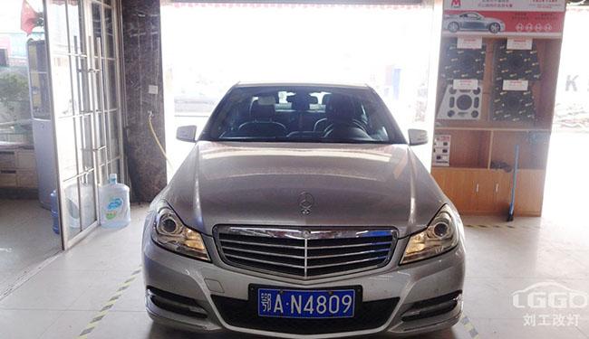 奔驰改灯,奔驰E200车灯改装升级阿帕黄金版套装