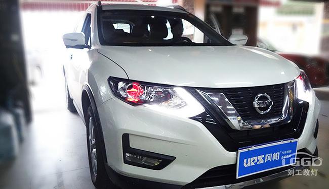 17款奇骏车灯改装升级欧司朗X7-LED