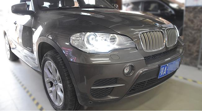 宝马X5改装大灯,原车已经是氙灯双光透镜,已经衰减老化,还是要改灯!