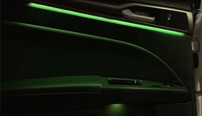 蒙迪欧改装氛围灯,加装64色氛围灯!