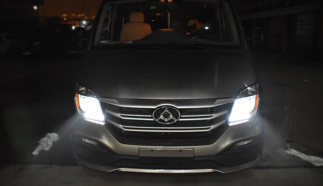 大通V80改装大灯,改装超世界E30L激光透镜!