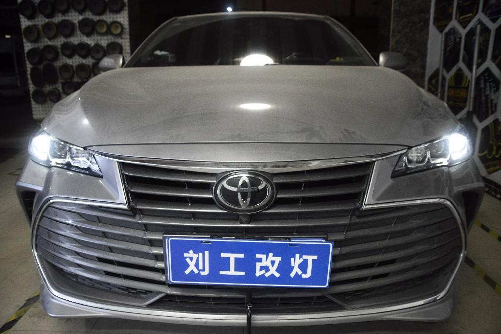 丰田亚洲龙升级顶级LED双光透镜