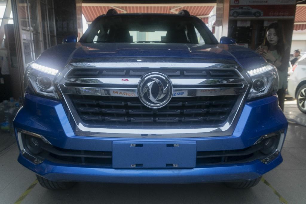 东风锐骐6皮卡车灯改装升级LED双光透镜